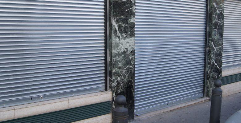 Installation et dépannage de rideau métallique : comment gérer les travaux ?